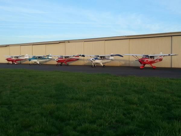 Airplanes of Hangar Bravo Three, KHIO Portland-Hillsboro Airport