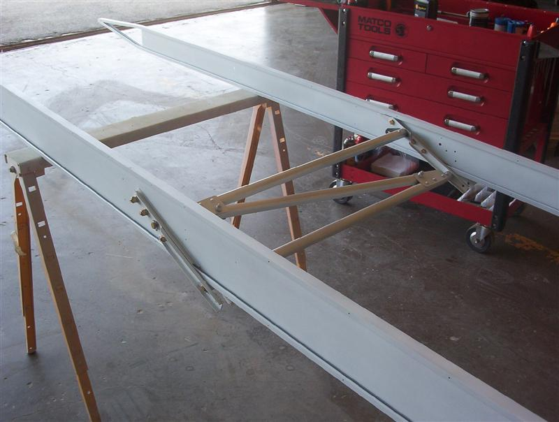 Trammeling The Wing Drag/anti-drag wires
